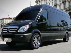 """Bermuda's """"JetWay"""" – Mercedes Luxury Sprinter"""