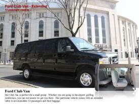 Ford Club Van Versão Estendida – 14 passageiros