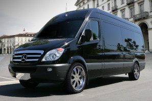 "Bermuda's ""JetWay"" – Mercedes Luxury Sprinter"