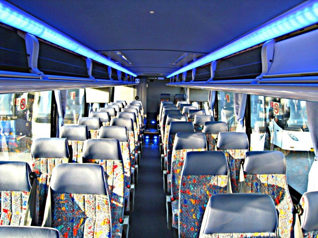PassengerMiniBus BermudaLimousine